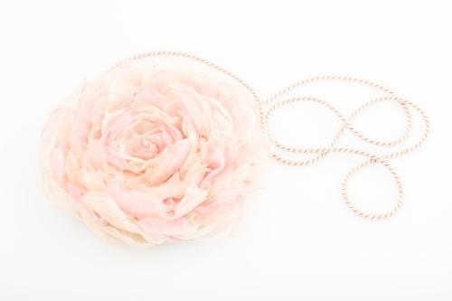 """Rankinė """"Rožė"""" (rožinė)"""